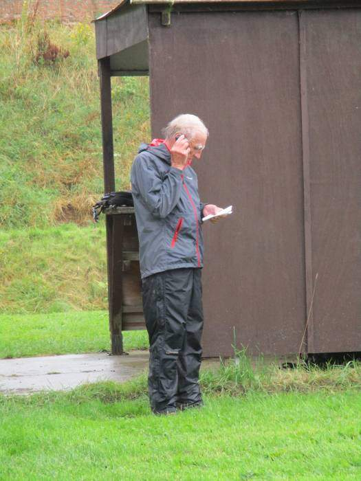 John phones through orders for lunch to Hunters Hall