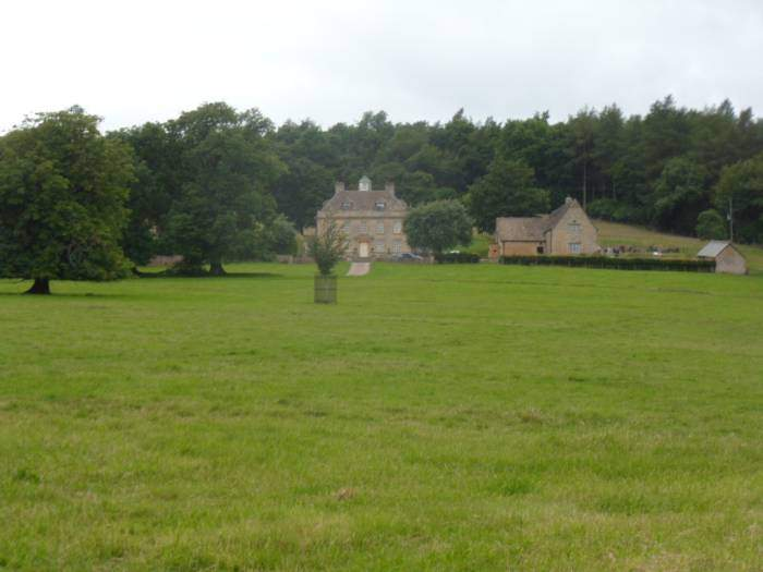 This is Woodhouse which the walk circles round. It's built on the site of a 13th Century farm and was possibly the hunting lodge for Hailes Abbey.