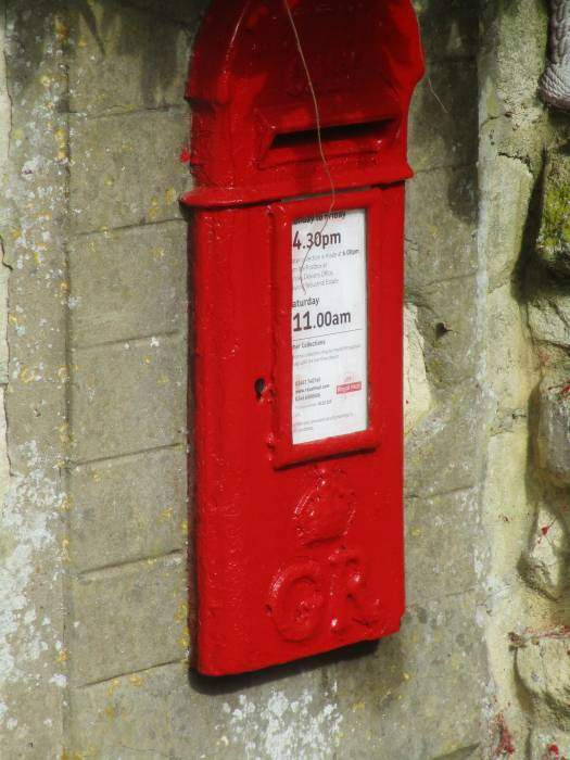 A King George letter box