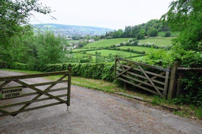 Onto the Cotswold Way