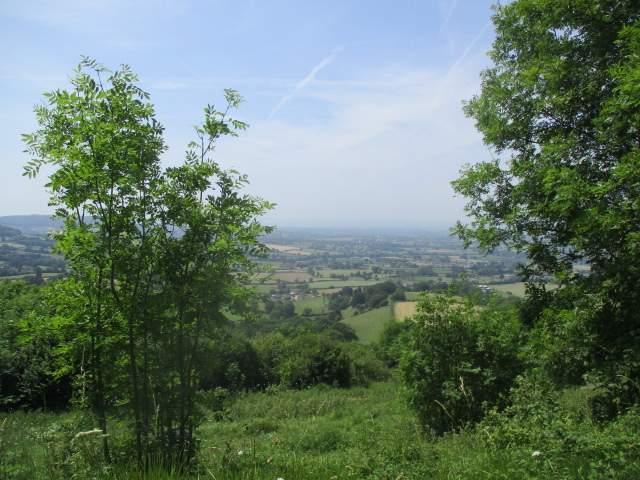 Hazy views from Coaley Peal
