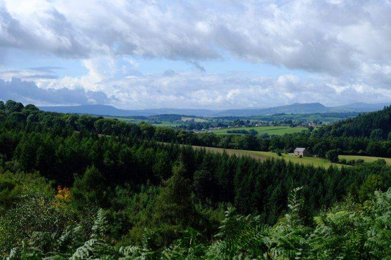 Turning round we have views over to the Brecons