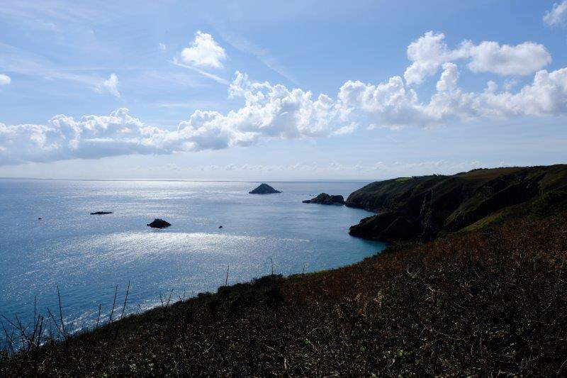 The coastline dropping down to Little Sark