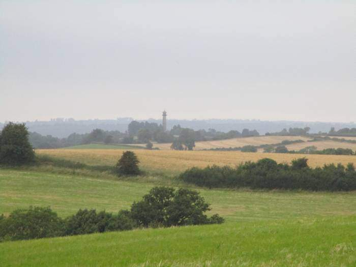 The Hawkesbury Monument in the distance, a bit hazy this evening