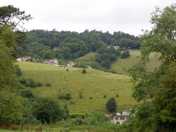 With a view across to Swellshill