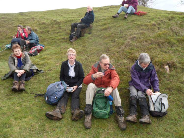 A much-needed lunch stop (photo taken by Brian who finished lunch early when a labrador licked his sandwich!)