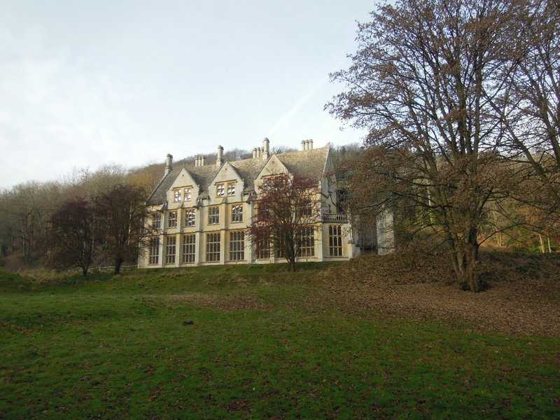 Past the unfinished Mansion, closed for the winter