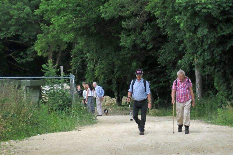 Then follow the Cotswold Way through Catbrain Quarry back to the car park.