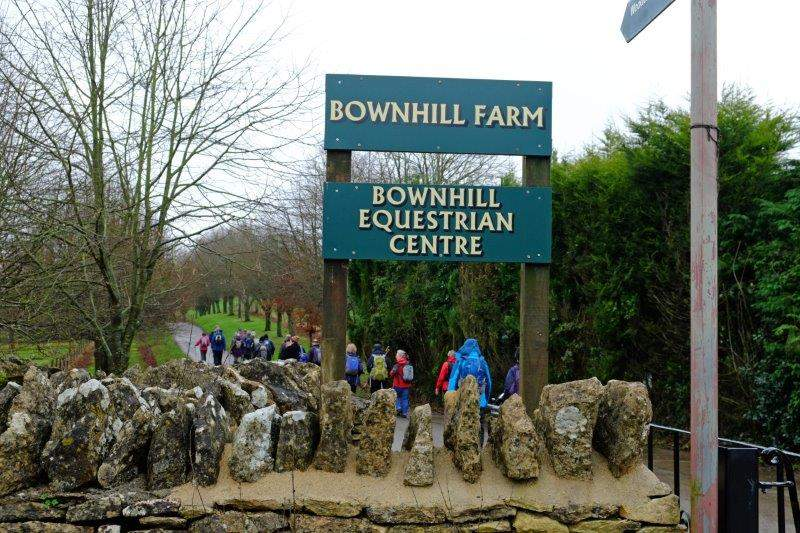 Before heading along the driveway of Bownhill Farm