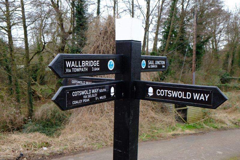 Cotswold Way now running along the Canal towpath rather than the cycle path
