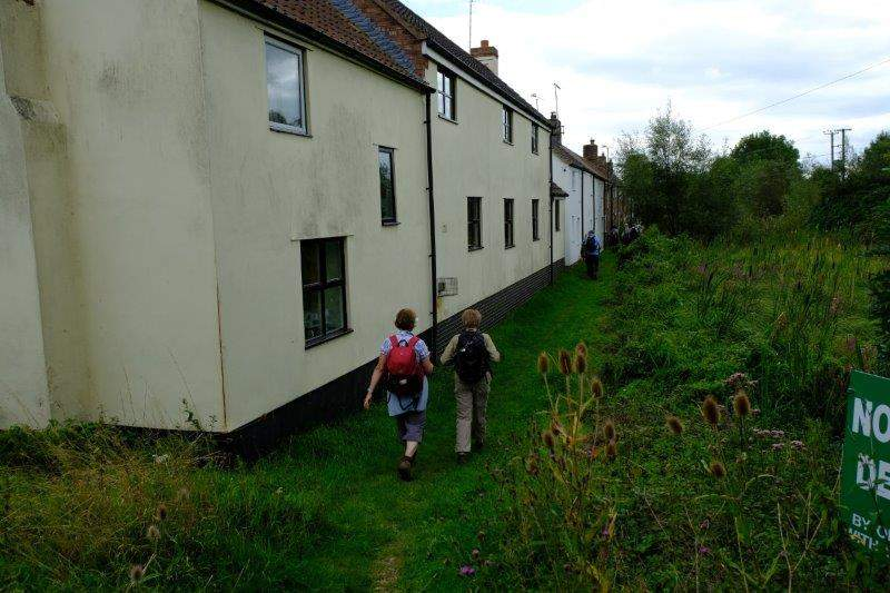 We turn onto the old canal towpath