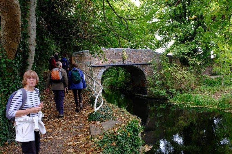 On to Roving Bridge which we cross over