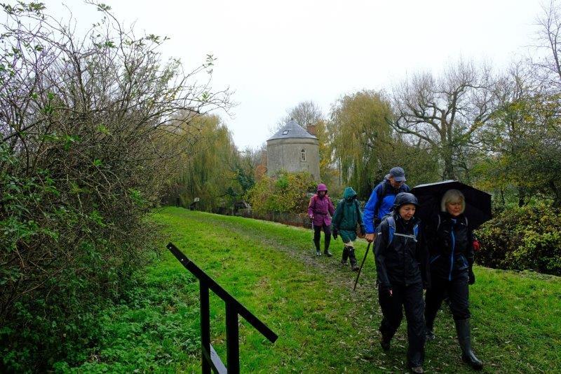 A stretch of canal path