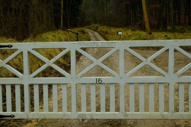 One of the many Farmcote Estate gates