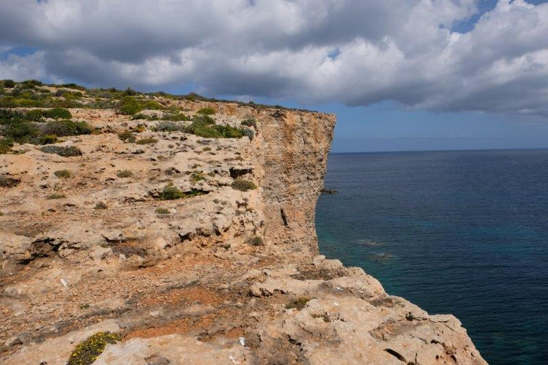 More spectacular cliffs