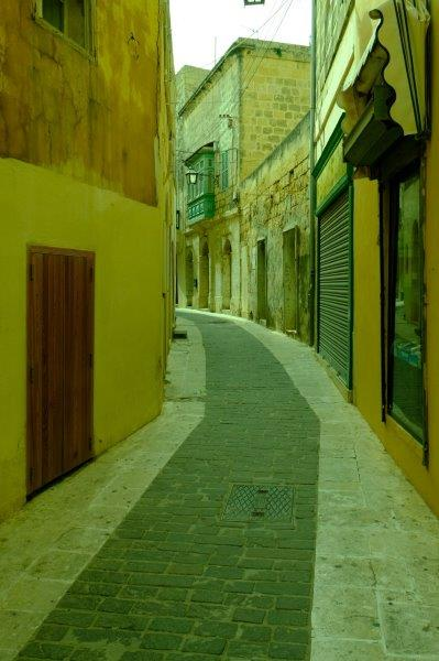 One of the many alleyways of the old quarter