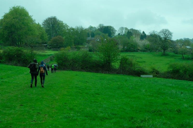 A short walk across fields brings us back to Bourton on the Hill