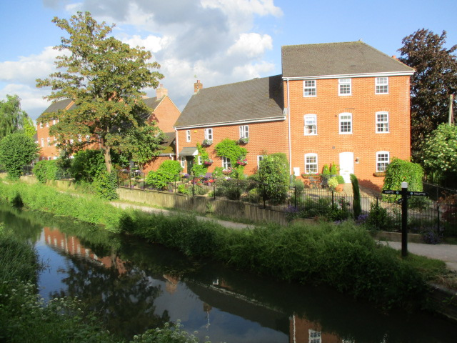 A nice garden by the canal
