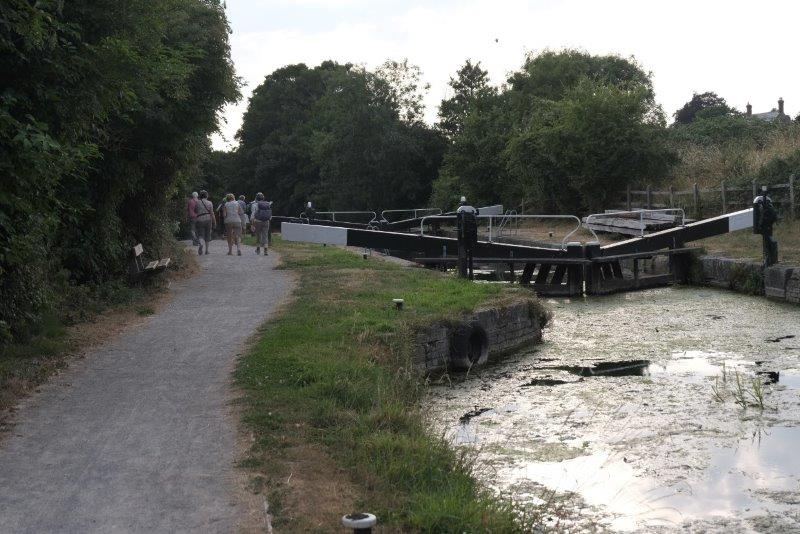 To the Ryeford double lock
