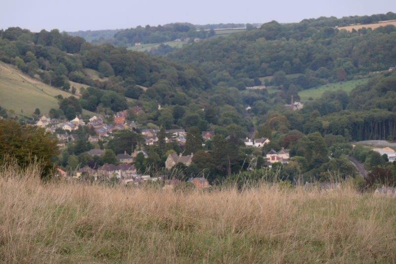 With views across the valley to the start of Toadsmoor