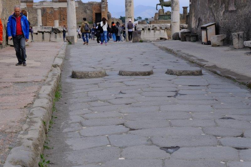 Now in Pompeii. Note traffic calming for chariots