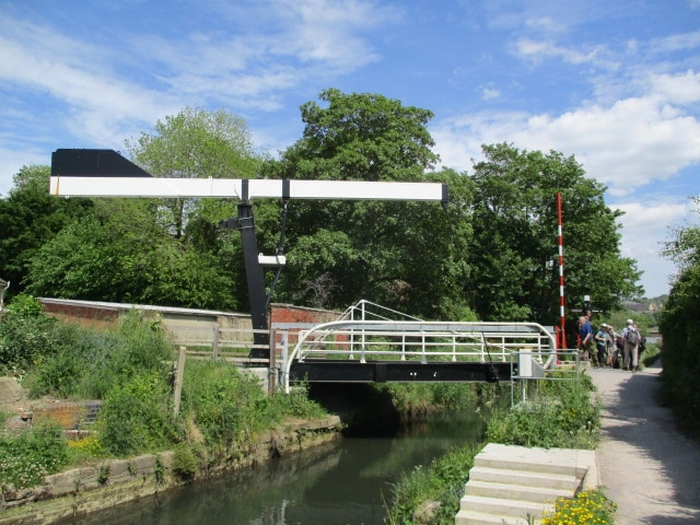 Mike points out Lodgemore Bridge, especially designed for a tricky situation - see link below