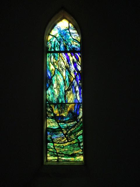 Where there are 4 stained glass windows