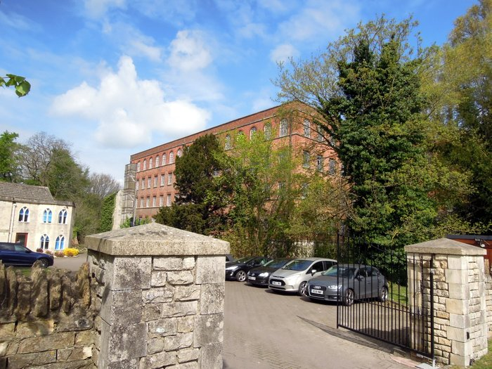 We pass Stanley Mill, a very large building being preserved by Englsih Heritage